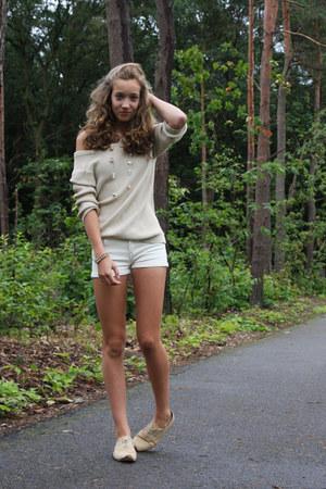 worn as sweater Zara cardigan - Zara shorts - Primark necklace
