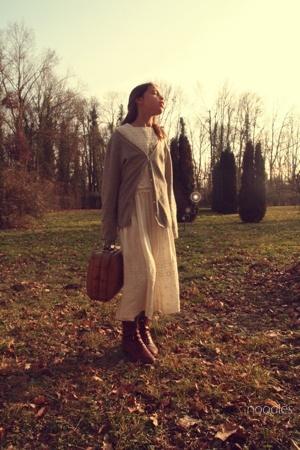 vintage dress - vintage shoes - Vintage yay for vintage accessories