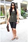 Dark-brown-its-bag-black-idee-sunglasses-heather-gray-splash-necklace-blac