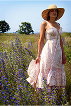 beige straw hat Nine West hat - light pink floral print vintage dress