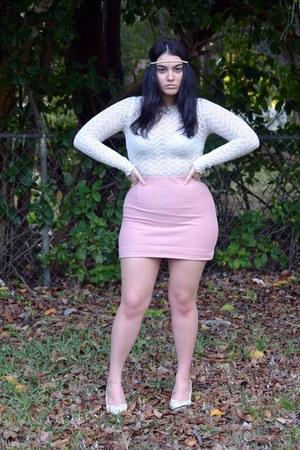 light pink shirt - ivory shirt - beige heels
