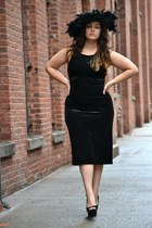 black dress - black feather hat - black Jessica Simpson heels