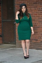 forest green dress - black hat - black Jessica Simpson pumps