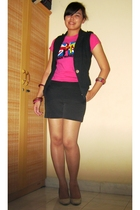 thrift t-shirt - Magnolia by Orange vest - arnessio shorts - Chrysalis shoes