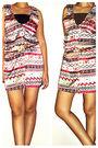 Red-muaya-clotingline-dress