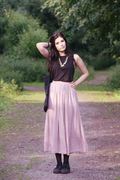 light pink street style OASAP skirt
