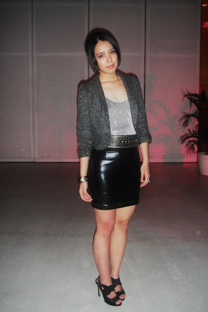 Zara blazer - Terranova top - black The Ramp skirt - random accessories