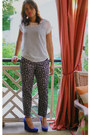 White-mikkat-market-shirt-ann-taylor-pants-blue-ann-taylor-wedges