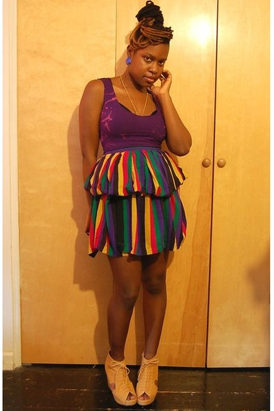 purple naKiMuli top - gold vintage skirt