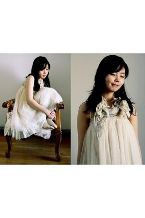 Chloe Chen skirt - ports necklace