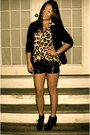 Black-leather-guess-shorts-black-h-m-blazer-cheetah-forever-21-top