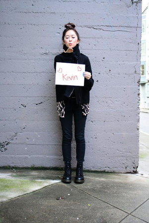black doc martens boots - black United Colors of Bennetton coat - leopard Foreve