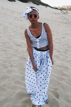 white no name scarf - navy Jay Jays top - white no name skirt