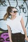Black-joes-jeans-leggings-white-pima-doll-shirt