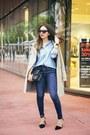 Black-nine-west-shoes-navy-gap-jeans-light-blue-gap-shirt