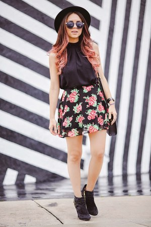 pink Guess skirt - black Guess shoes - black hm bag