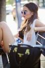 Black-crop-top-furor-moda-shirt-black-danielle-nicole-bag