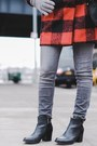 Black-ankle-boots-sperry-boots-ruby-red-shoppiin-coat