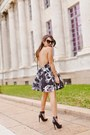 Black-shoe-cult-shoes-silver-backless-dailylook-dress