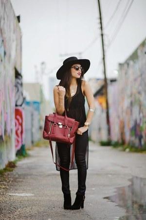 black Guess boots - black AG Jeans jeans - black H&M hat