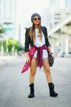 maroon plaid abercrombie and fitch shirt - black Dr Martens boots