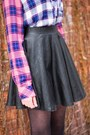 Hot-pink-flannel-rails-blouse-black-faux-leather-topshop-skirt