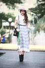 Light-pink-vintage-hat-black-vintage-bag-sky-blue-vintage-skirt