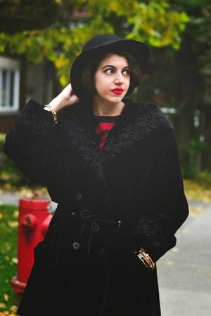 black velvet vintage coat - black H&M hat - ruby red Vince Camuto top