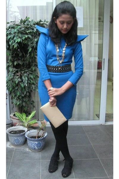 blue Retail Therapy dress - black Zara belt - black Retail Therapy shoes - gold