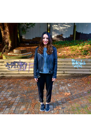 Mackage jacket - Aritzia pants - nike sneakers