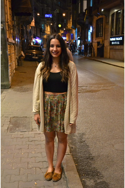 vintage cardigan - Sirens shirt - vintage skirt