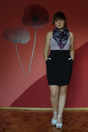 black H&M skirt - pink reserved top - white reserved shoes - purple H&M scarf