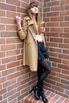 black Via Spiga shoes - beige vintage coat