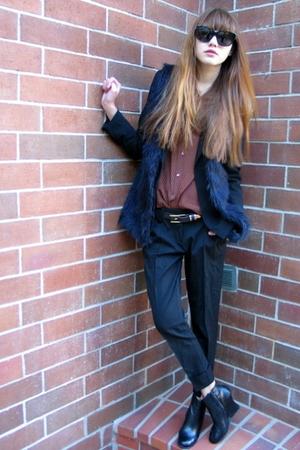 black Forever 21 vest - black Bebe pants - black Chloe sunglasses