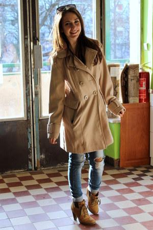 H&M coat - Deichmann heels - Forever 21 glasses