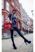 black riding hat H&M hat - navy Olive Clothing dress