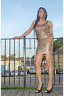Camel-golden-dress-5pf-dress-black-new-look-heels