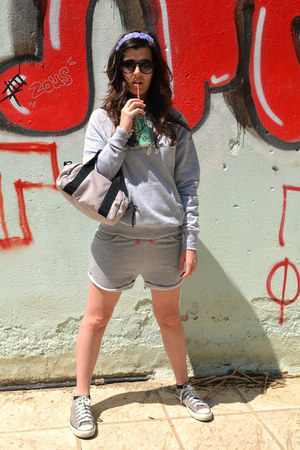 heather gray Pineapple hoodie - silver Zara shorts