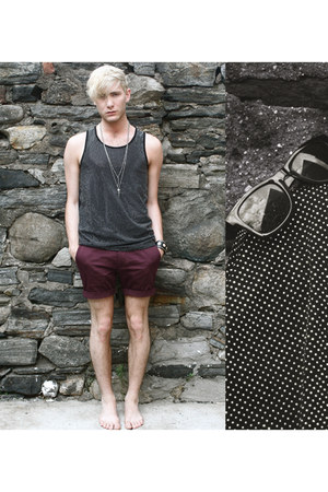 crimson H&M shorts - black Versace for H&M shirt - silver H&M necklace