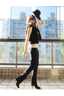 Black-arezzo-boots-black-zara-hat-black-siberian-leggings