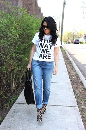 boyfriend jeans H&amp;M jeans - H&amp;M bag - The Way We Are t-shirt