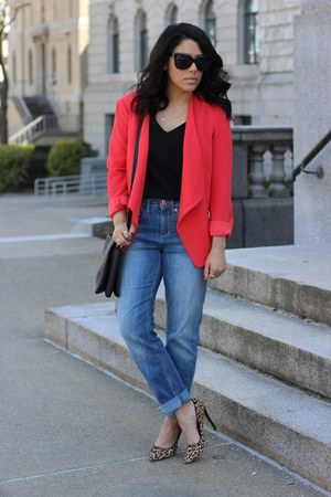 Dynamite blazer - boyfriend H&M jeans - leopard print Tamar Collection pumps