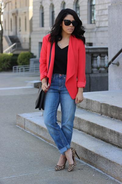 Dynamite blazer - boyfriend H&M jeans - leopard print Tamar Collection pumps