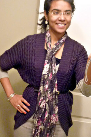 silver Forever 21 sweater - magenta Forever 21 scarf