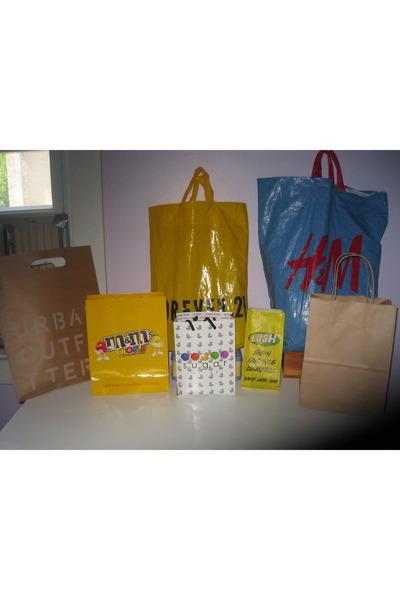 Forever 21 Shopping Bag Black Forever 21 Bag White