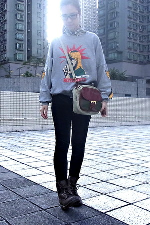 heather gray SUMA sweater - dark brown DrMartens boots