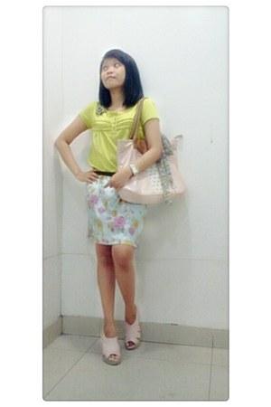 flowers Jolie scarf - pink juice ematic bag - floral skirt Details skirt