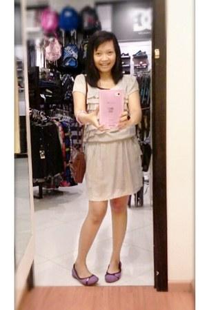 Crocs shoes - cotton morningflos dress - leather bag Chanel bag