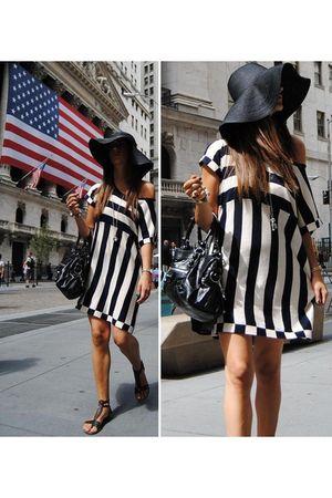 black H&M - black balenciaga bag