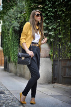 light yellow Rinascimento jacket - Nina Ricci bag